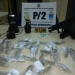 AÇÕES POLICIAIS – Homem é detido com granada, pistola, munições e drogas em São Pedro da Aldeia