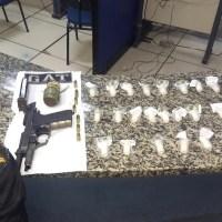 SÃO PEDRO DA ALDEIA – Homem é baleado e polícia encontra arma, drogas e uma granada em São Pedro da Aldeia