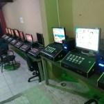 AÇÕES POLICIAIS – Polícia fecha casa de jogos de azar e apreende 26 máquinas caça-niqueis em Rio das Ostras