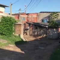SÃO PEDRO DA ALDEIA – Filhos de mulher presa por esfaquear adolescente no RJ são encaminhados para a avó