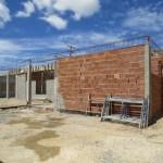 SÃO PEDRO DA ALDEIA – Prefeitura avança com construção de creche no bairro Porto do Carro