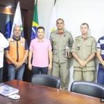 SÃO PEDRO DA ALDEIA – Prefeito Cláudio Chumbinho recebe novo comandante do 18º Grupamento de Bombeiro Militar