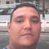 AÇÕES POLICIAIS – Ex-guarda municipal é morto a tiros em barbearia em Araruama