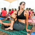 SÃO PEDRO DA ALDEIA – Projeto leva aulas gratuitas de yoga e alongamento à praça aldeense neste domingo (15)