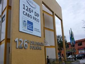 Polícia Militar prende 4 homens e apreende adolescente no bairro Aquário em Cabo Frio