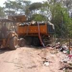 Empresa é multada por descarte irregular de 40 toneladas de entulho no Parque Natural do Mico-Leão-Dourado, em Cabo Frio