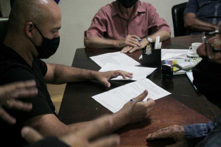 Prefeito Fábio do Pastel assina termo de cessão do antigo prédio do IPAC/RJ