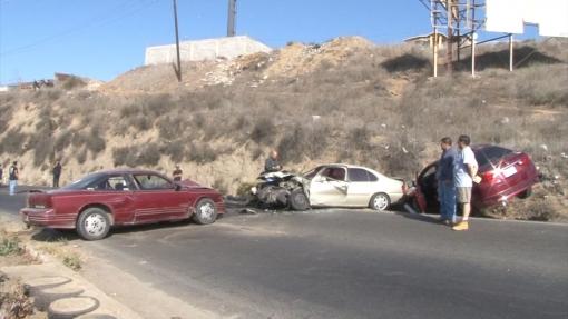 ensenada-accidente-automovilistico-daños-choque-2-510x287