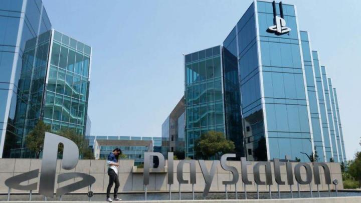 Sony Interactive Entertainment - Sony confirma a compatibilidade da PS5 com versões anteriores em diversos sentidos