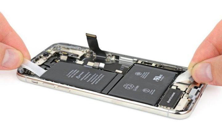 Bateria iphone - Apple responde às criticas em torno da substituição da bateria do iPhone por terceiros
