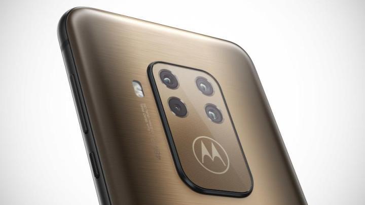 Motorola One Zoom - Motorola One Zoom é agora oficial com 4 câmaras na traseira