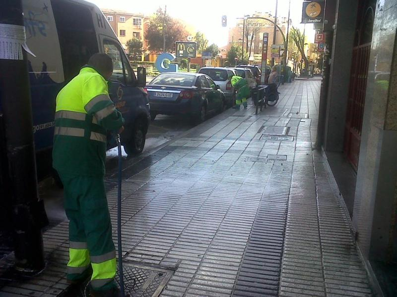 Limpieza de la calle Madrid