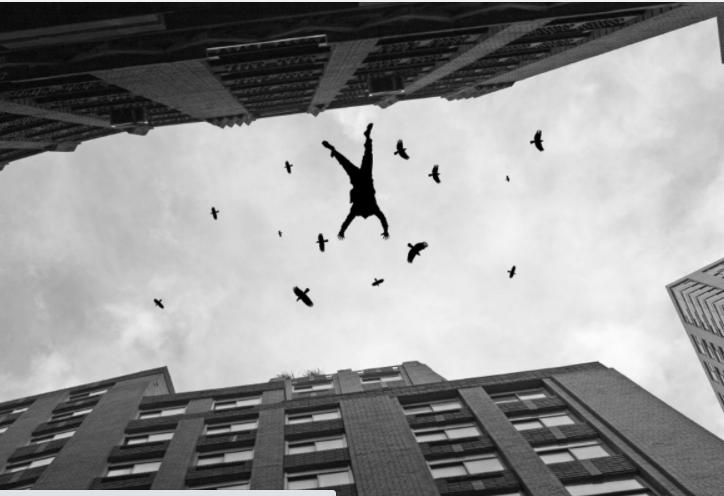 Hombre se lanza de un piso 12 de un condominio en Río Piedras