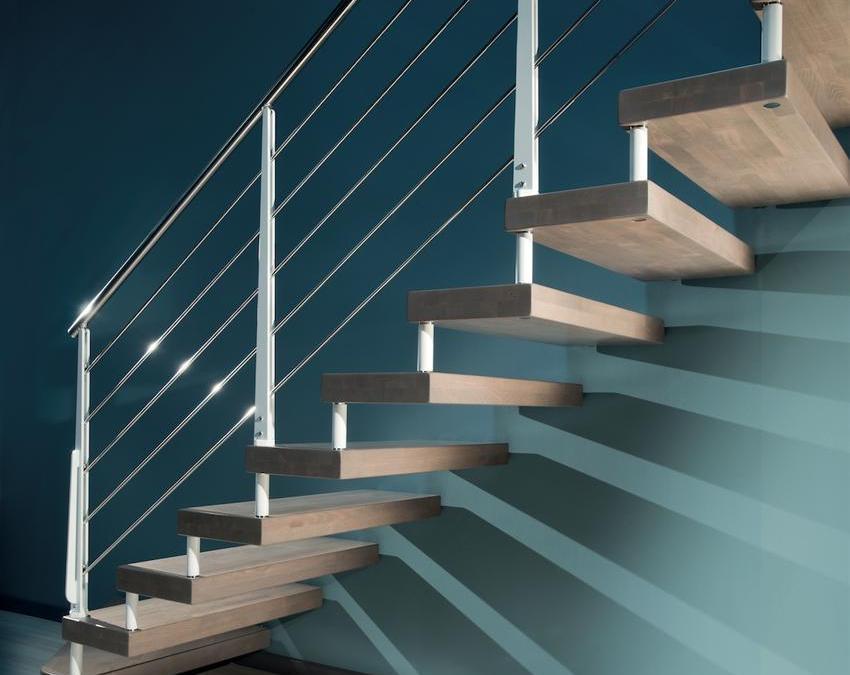 RFserveis escaleras voladas de diseño en Barcelona