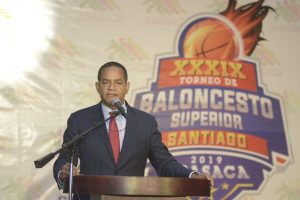 Julio César Valentín dice Baloncesto Superior une familia de Santiago