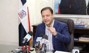 Abel Martínez anuncia plan general de bacheo con una inversión de once millones de pesos
