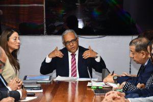 Ministro de Salud encabeza reunión de la Comisión Nacional para el manejo del Nuevo coronavirus (2019-nCoV), RD