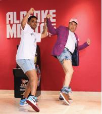 Alofoke le paga 5 mil dólares semanal al Pacha para trabajar en Alofoke Radio Show