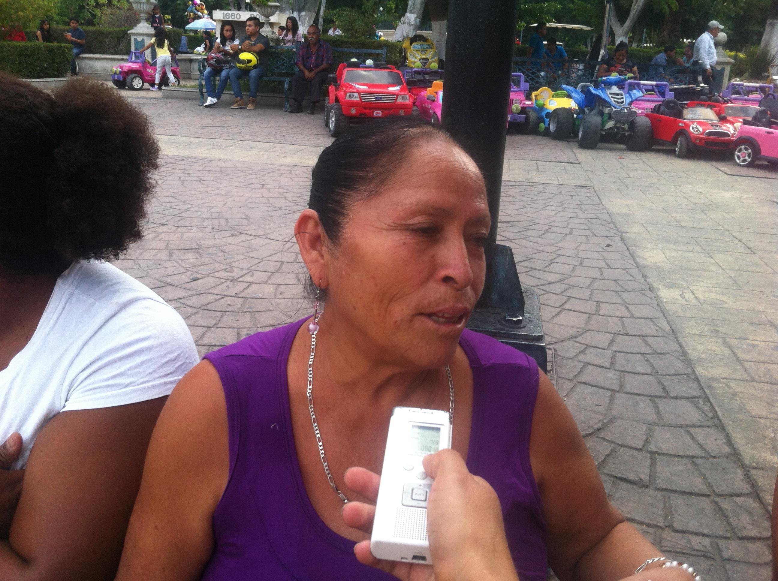 Margarito Andrade solo defiende a su familia, señalan en manifestación en su contra