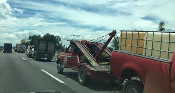 En operativo militares y policías aseguraron camionetas y combustible robado