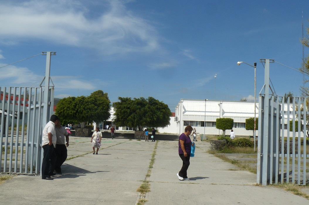 Sin servicio de recoleccion de basura Hospital General, Hospital de la Mujer y Cessa.
