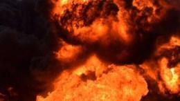 Sigue incendio en ducto de PEMEX, lleva más de 16 horas