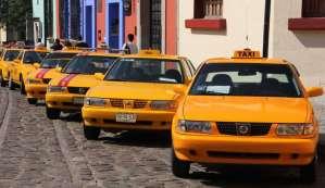 Habilita SEMOVI Oaxaca, tarifas especiales para taxis.