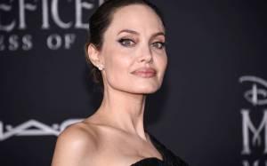 Ofrece Angelina Jolie, consejos para padres y madres durante cuarentena