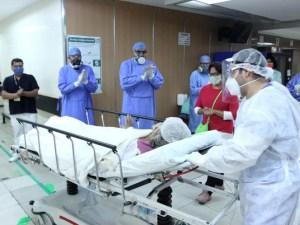 Abuelita vence al Covid-19, con tratamiento de plasma