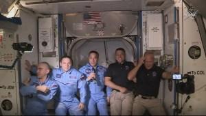 Así dan bienvenida a astronautas en la Estación Espacial Internacional