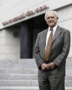 Sí al cubrebocas: premio Nobel Mario Molina