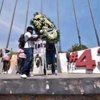 """Militares, policías y narcos detuvieron a los 43 en """"la noche de Iguala"""""""