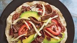 Gana la Tlayuda como mejor alimento callejero de Latinoamérica