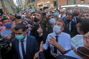 Recibe Beirut a Macron, en medio del luto