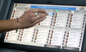 Avala UNAM voto electrónico de mexicanos en el extranjero