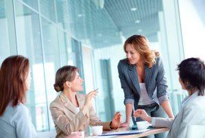 Anuncia Economía foro para apoyar a mujeres empresarias a exportar