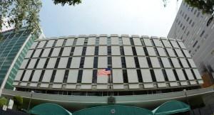 Detenido ex funcionario de la Embajada de EU en México, por abusar de, al menos nueve mujeres