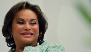 Gana Elba Esther Gordillo demanda al SAT