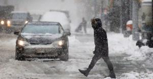 Azotan tormentas invernales gran parte de Estados Unidos
