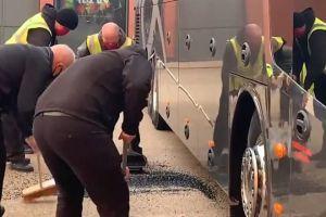 Rompen ventana a autobús del Real Madrid