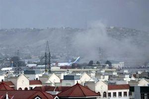 Estado Islámico se reivindica ataque con cohetes contra aeropuerto de Kabul