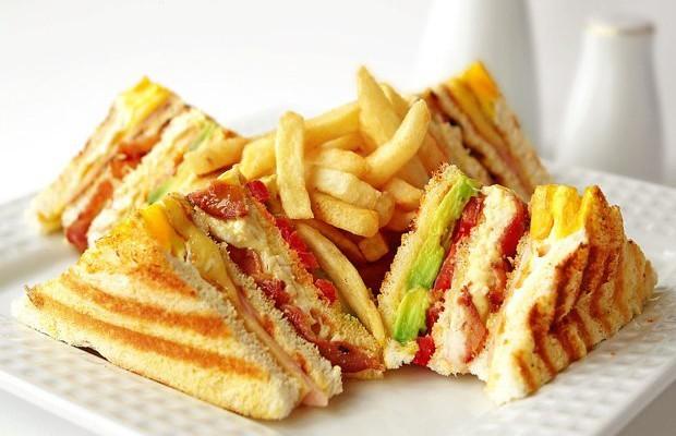 Resultado de imagen para club house sandwich