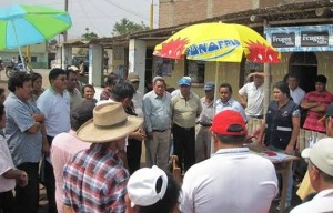 A pesar de la ausencia del Alcalde José Urcia, se llevó a cabo la colocación de la primera piedra.