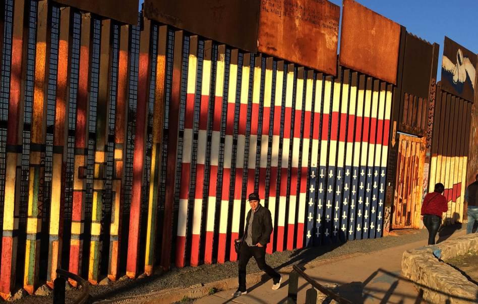 Valla fronteriza en los límites entre México y Estados Unidos. (AP, archivo)
