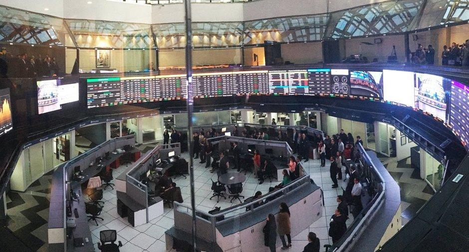 Vista del piso de remates de la Bolsa Mexicana de Valores (Twitter: @GrupoBMV)