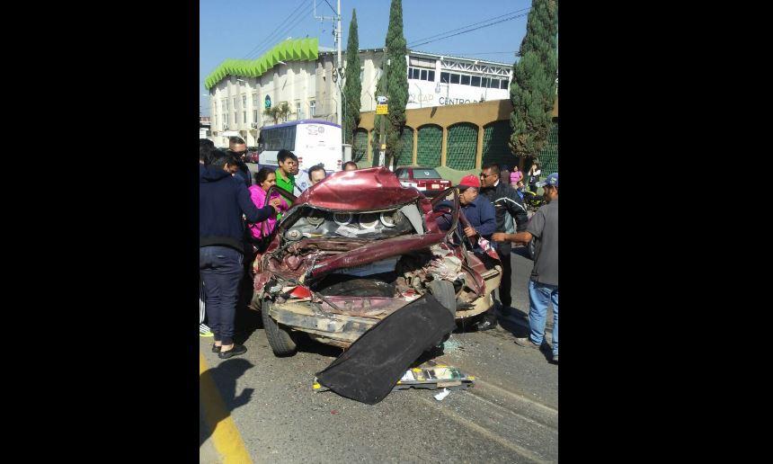 Un muerto y tres heridos por choque en San Sebastián Tutla, Oaxaca