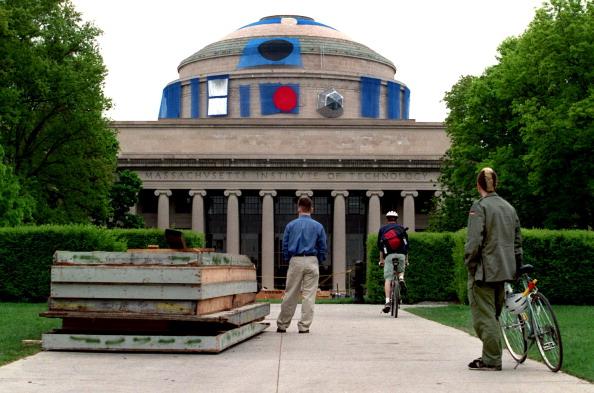 La eventual repatriación de estudiantes mexicanos significa una oportunidad para mejorar el sistema educativo. En la imagen el MIT. (Getty Images, archivo)