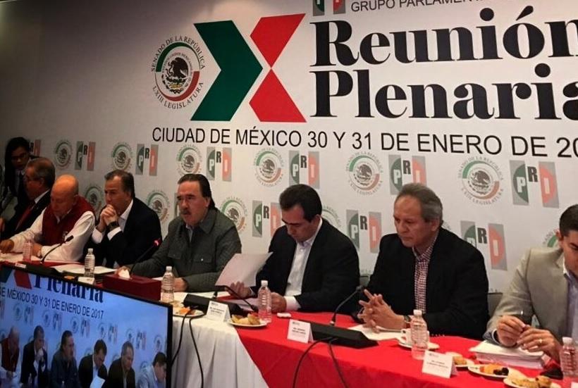 El PRI en el Senado presentó su agenda para el periodo de sesiones que inicia este miércoles 1 de febrero, donde destaca expedir la Ley de Seguridad Interior y reformas integrales en materia de protección a migrantes mexicanos.