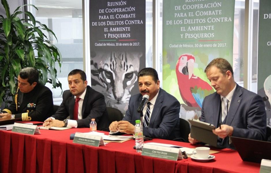 Personal de la Profepa e Interpol unen esfuerzos para combatir el tráfico de animales; las dos instituciones mejorarán capacidades operativas de su personal