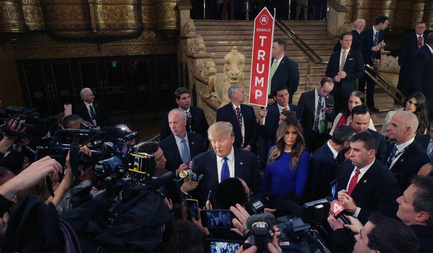 Equipo de Trump considera mudar sala de prensa de la Casa Blanca